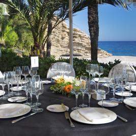 Restaurant de mariage sur la plage
